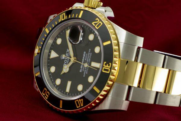 ブラック×ゴールドのダイバー  Ref.116613LN