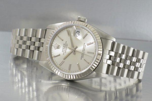 少し大きめな時計もおススメ Ref.68274