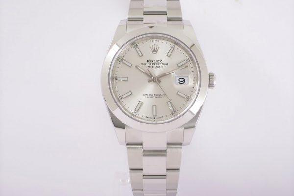紳士のためのいぶし銀時計 Ref.126300