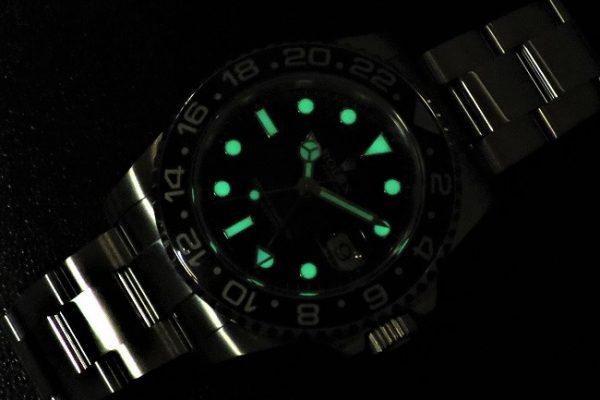 Super Luminova Ref.116710LN